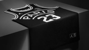la-maglia-da-basket-psgxjordan-maxw-1280